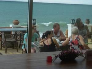 customers terrace 3